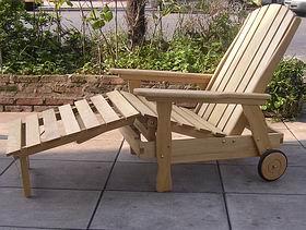 Sillon cama con apoya pies for Sillon cama de madera